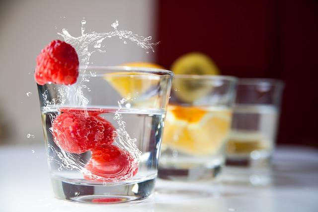 Wie kann ich schnell abnehmen - Wasserglas