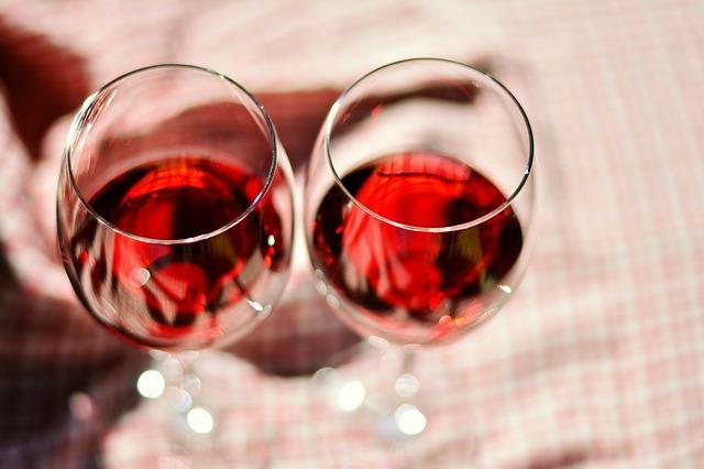 Abnehmen mit Rotwein - zwei Gläser